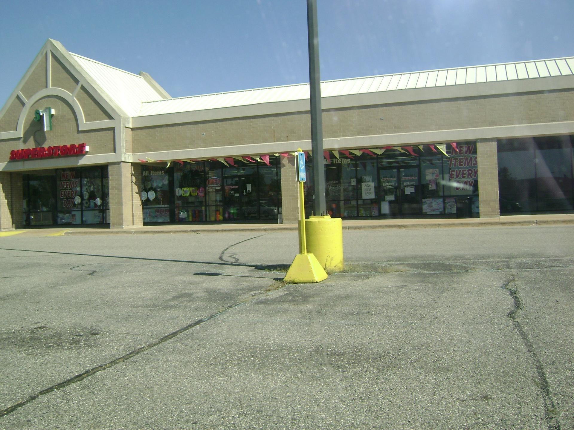 Dollar 1 SuperStore, 12360 Felch ST., Holland, MI, 49424, USA